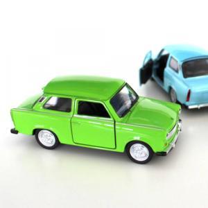 1 db zöld Trabant modellautó (1:30)