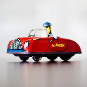 retró Lemezárugyári Törpe autó